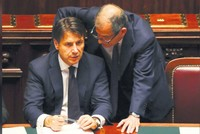 Italy coalition parties resisting major changes to deficit target