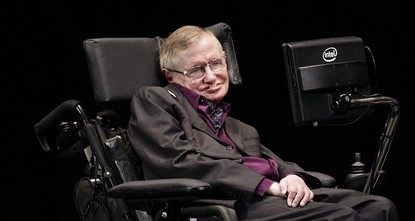 pAfter over 30 years of using the same mechanical voice, renowned British physicist Stephen Hawking has expressed that he is ready for a new sound, and famous names showed interest in filling the...