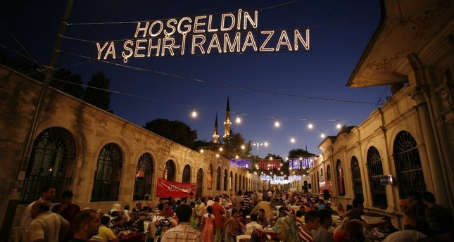 Travelers' Ramadan etiquette while in Turkey - Daily Sabah