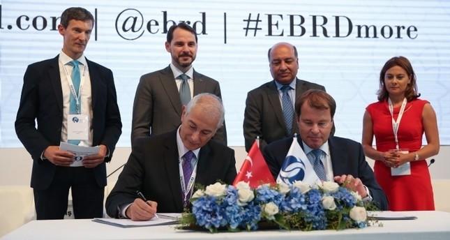 رئيس البنك الأوروبي للتنمية: نؤمن باقتصاد تركيا ونسعى لمضاعفة استثماراتنا فيها