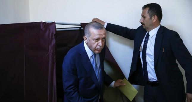 ماذا قال أردوغان عقب الإدلاء بصوته في إسطنبول؟