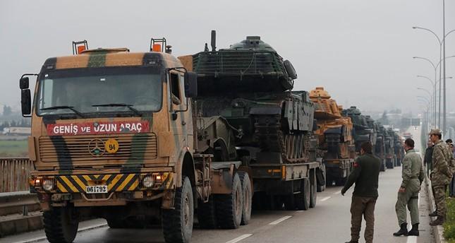 وصول تعزيزات عسكرية تركية إلى الحدود السورية