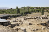 Archaeologists dig out pieces of ancient Anatolian city-state of Melid