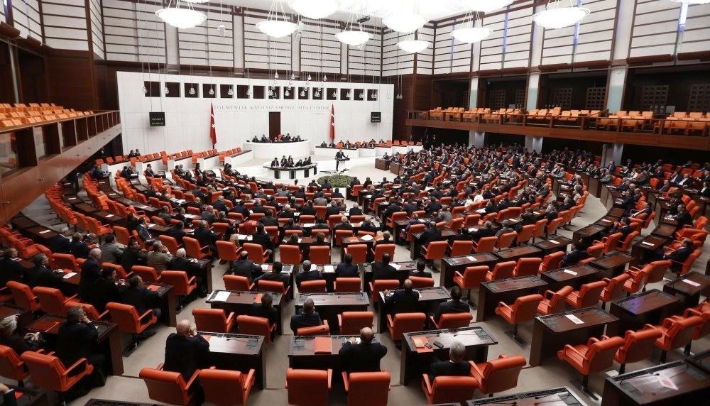Parliament convene for debate, Ankara, Oct. 31, 2013.