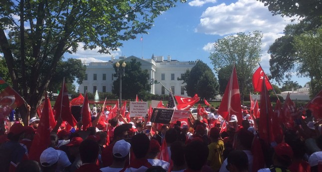Democracy rally held in front of White House, Gülenist coup attempt in Turkey condemned
