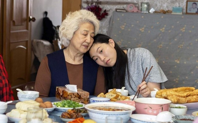 Zhao Shuzhen left and Awkwafina in a scene from The Farewell. AP Photo