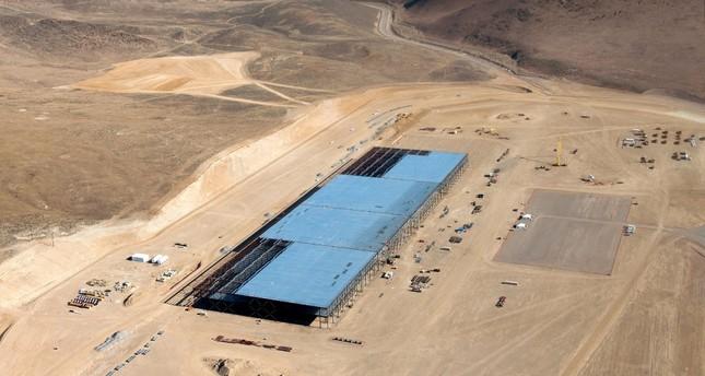 Tesla to close a dozen solar facilities in nine US states