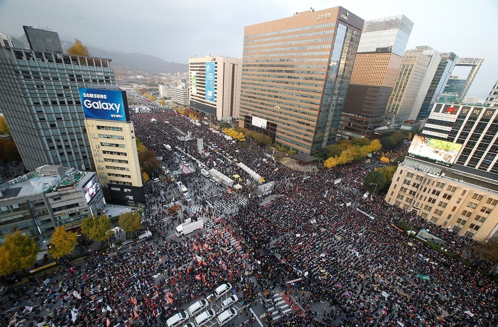 People take part in a rally calling for President Park Geun-hye to step down in central Seoul, South Korea, November 12, 2016. AP Photo