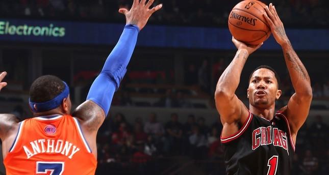 Knicks acquire former NBA MVP Derrick Rose from Bulls in blockbuster trade