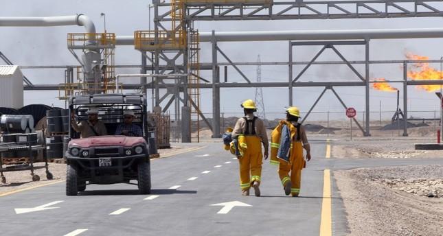 إحدى مواقع التنقيب عن النفط التي تديرها إكسون موبايل (رويترز)