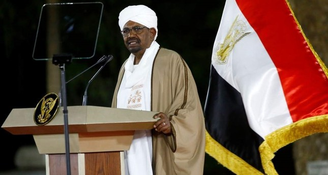 Sudanese President Omar al-Bashir delivers a speech to the nation, Feb. 22, 2019. (AFP Photo)