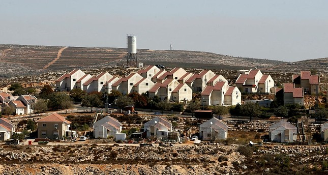 الجيش الإسرائيلي يصادر 52 دونماً من أراضي الفلسطينيين لصالح التوسع الاستيطاني