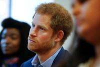 Nach dem Tod seiner Mutter Diana vor knapp 20 Jahren hat Prinz Harry unter starken psychischen Problemen gelitten.  Er habe fast die ganze Zeit jeglichen Gedanken an seine Mutter unterdrückt, bis...