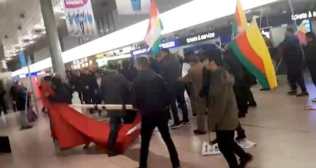 Gewalttätige PKK-Sympathisanten am Flughafen Hannover