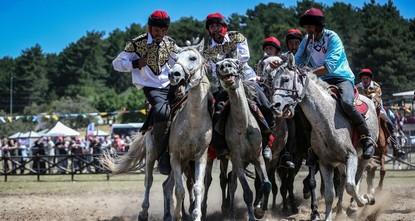 مهرجان الرياضات الشعبية في العالم التركي يختتم فعالياته في بورصة