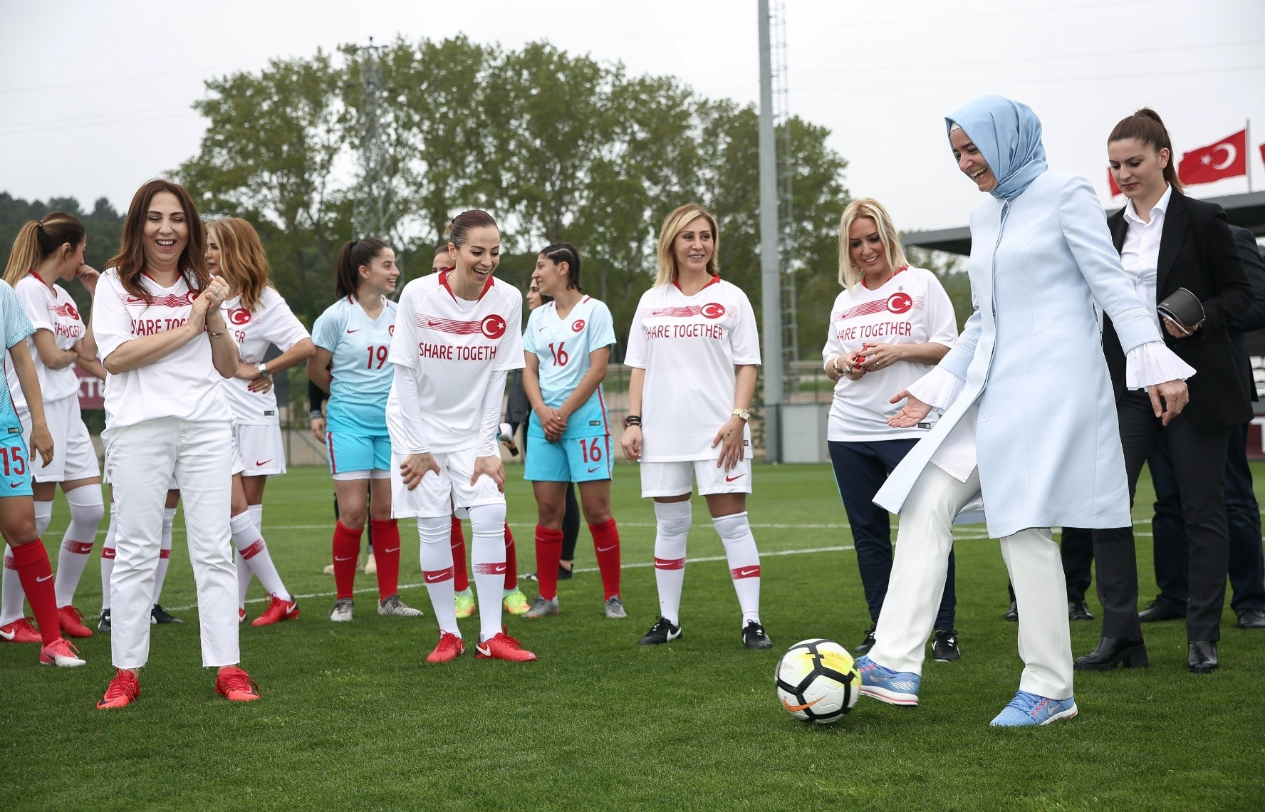 Family and Social Affairs Minister Fatma Betu00fcl Sayan Kaya kicked off the match between the womenu2019s national football team and a team of celebrities, May 6.