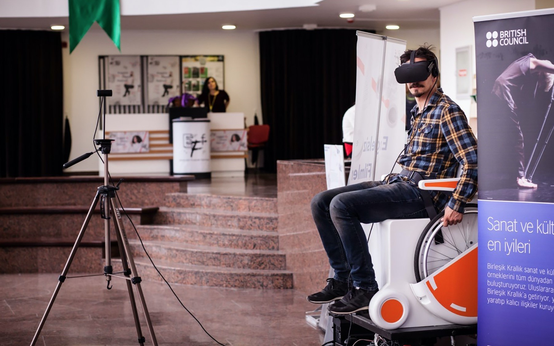 In VRability: Maxim Kiselev program, the audience will experience what it is like to ice-skate in a wheelchair.