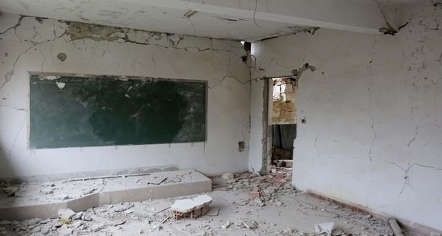 انتهاكات النظام السوري لـسوتشي تتسبب بانقطاع 80 ألف طالب عن التعليم