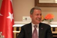 وزير الدفاع التركي خلوصي أقار (الأناضول)