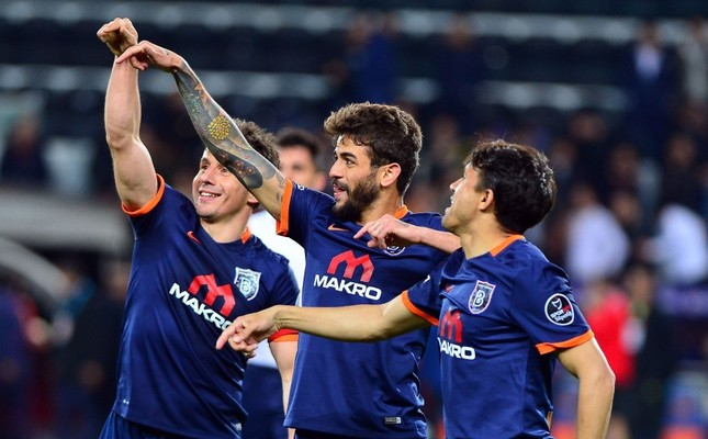 Başakşehir stun Galatasaray to stay on Eagles' trail
