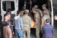 PKK kills 10 in east as crackdown on terrorists escalates