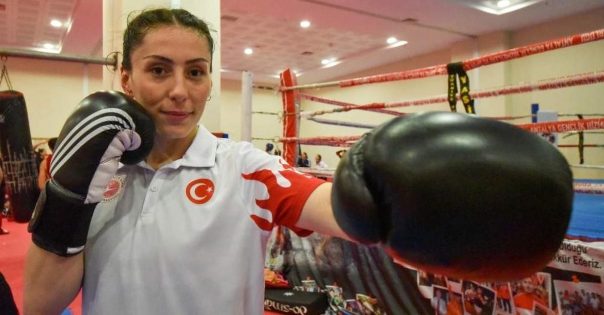 Dilara Kele? won 15 Turkish top titles in only three years in kickboxing. (DHA Photo)