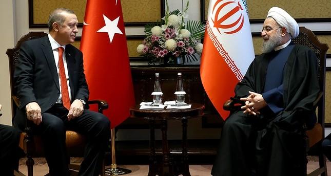 أردوغان يلتقي نظيريه الإيراني والتركمانستاني على هامش قمة منظمة التعاون الاقتصادي