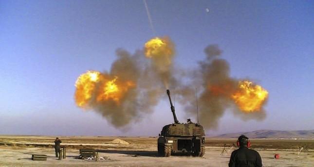 المدفعية التركية تقصف مناطق تابعة للنظام السوري رداً على سقوط قذيفة على منطقة يايلاداغي الحدودية