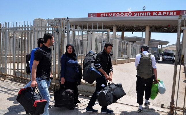 Syrians leave for home for Muslim holy month