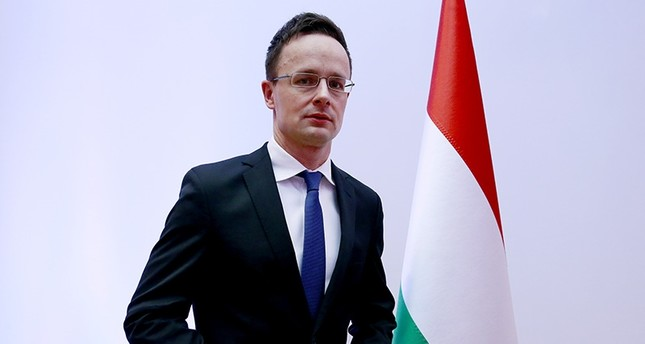 وزير خارجية المجر: أمن الاتحاد الأوروبي مرتبط باستقرار تركيا