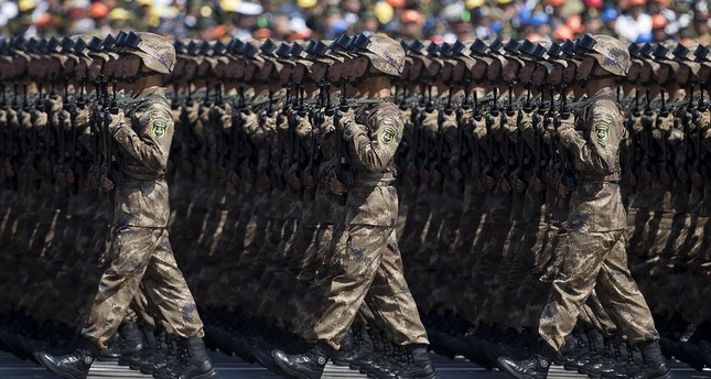 Chinese soldiers march during a military parade to commemorate the 70th anniversary of the end of WWII. (REUTERS Photo)