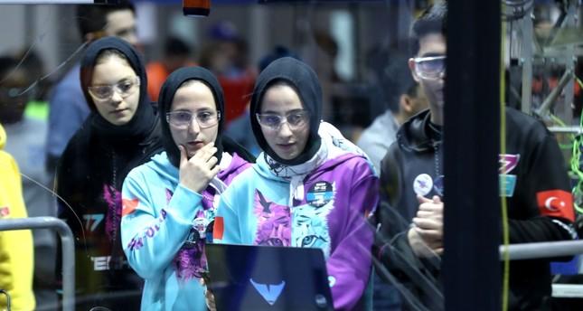 Turkish girls make waves in NY robotics contest