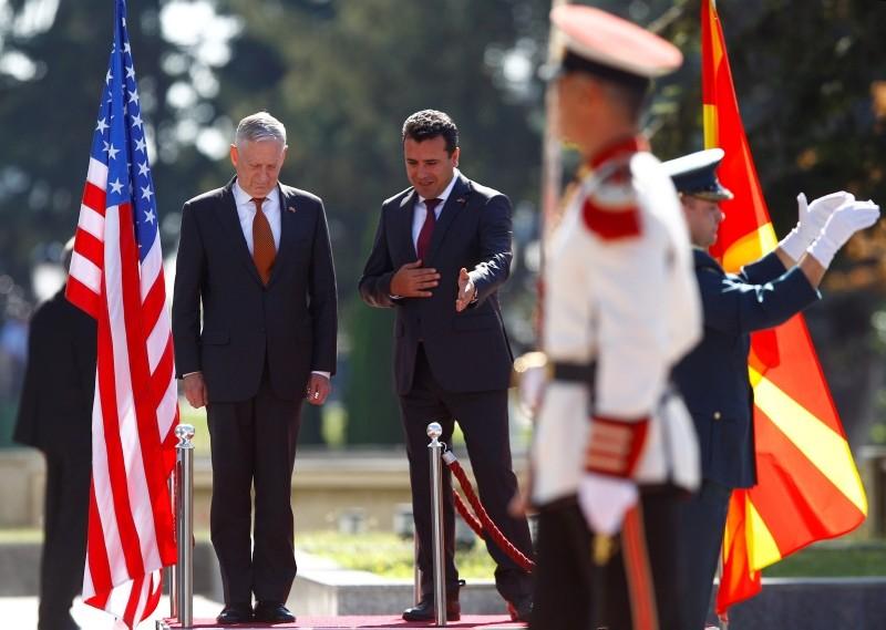 Macedonian Prime Minister Zoran Zaev and U.S. Secretary of Defense James Mattis attend a welcoming ceremony in Skopje, Macedonia, Sept. 17, 2018. (Reuters Photo)