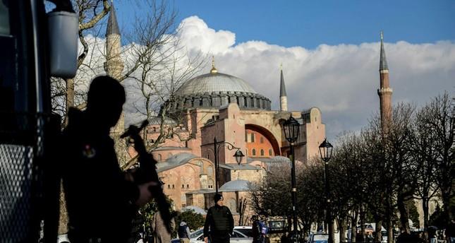 السلطات التركية تشن حملة تستهدف مشتبهاً فيهم بالانتماء إلى بي كا كا وداعش الإرهابيتين