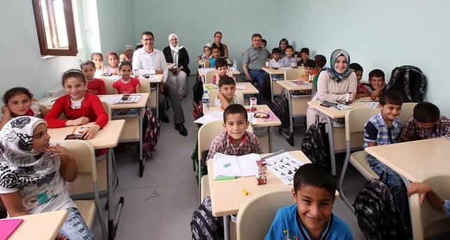بعد 3 سنوات من الحرمان.. أطفال جرابلس يتطلعون لمقاعد الدراسة بعد رحيل داعش