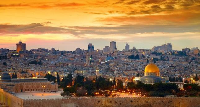 الواشنطن بوست.. صفقة القرن لا تضمن إقامة دولة فلسطينية