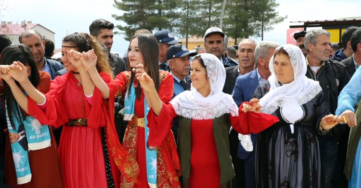 Local people in u015eu0131rnak celebrate the AK Party's victory in the region with Kurdish folk dances, April 1, 2019.