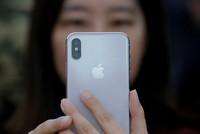 Apple accused of using illegal student labor to build iPhone X in China