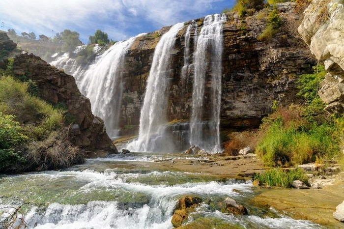 Tortum Waterfall is Turkey's largest waterfall and one of its most remarkable natural treasures. (Elena Odareeva / iStock Photo)