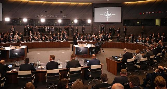 حلف الناتو يقرر توسيع نشاطاته الدفاعية إلى الفضاء
