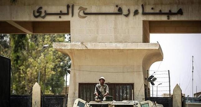 السلطات المصرية تفتح معبر رفح طوال شهر رمضان
