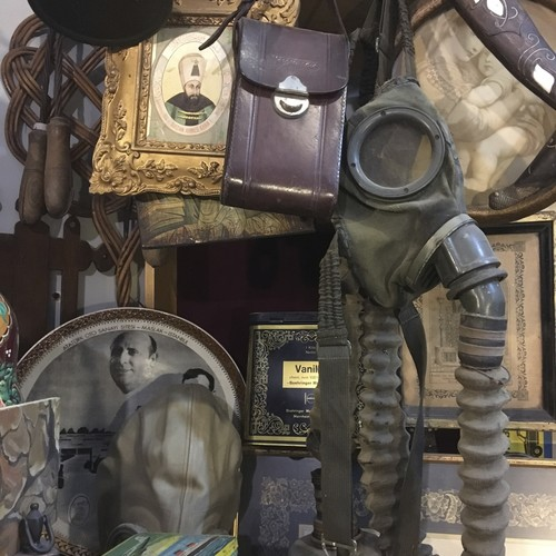 Watchers and watches: Inspecting antiques in Çukurcuma