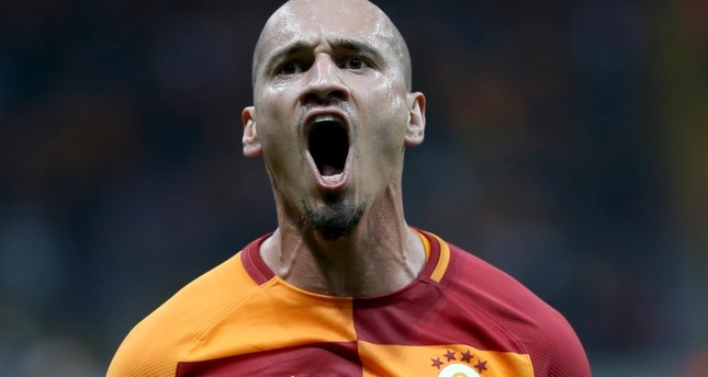 Galatasaray stay a top as Super League goes into int'l break