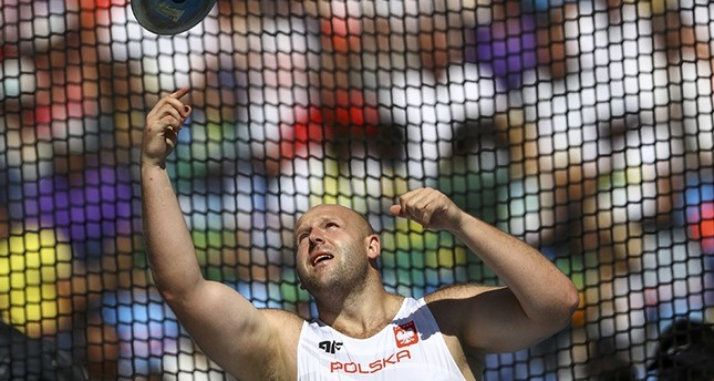 Polish Olympian auctions off Rio medal to save 3 yr-old cancer patient