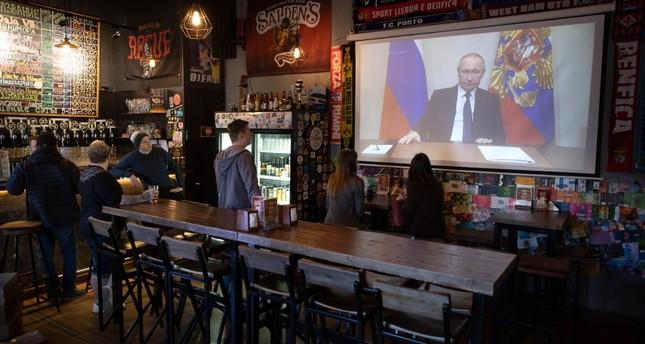 بوتين يرجئ التصويت على التعديل الدستوري بسبب كورونا ويعلن إجازة عامة