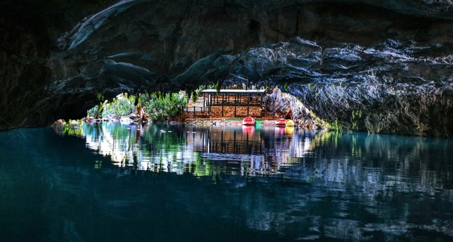 Altınbeşik Cave in Antalya's Akseki district