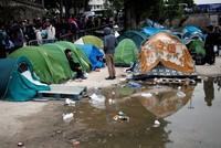 Frankreich räumt zwei weitere große Flüchtlingslager