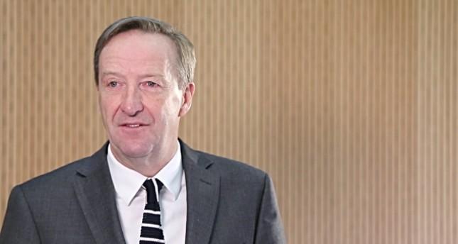 أليكس يانجر - رئيس جهاز المخابرات البريطانية