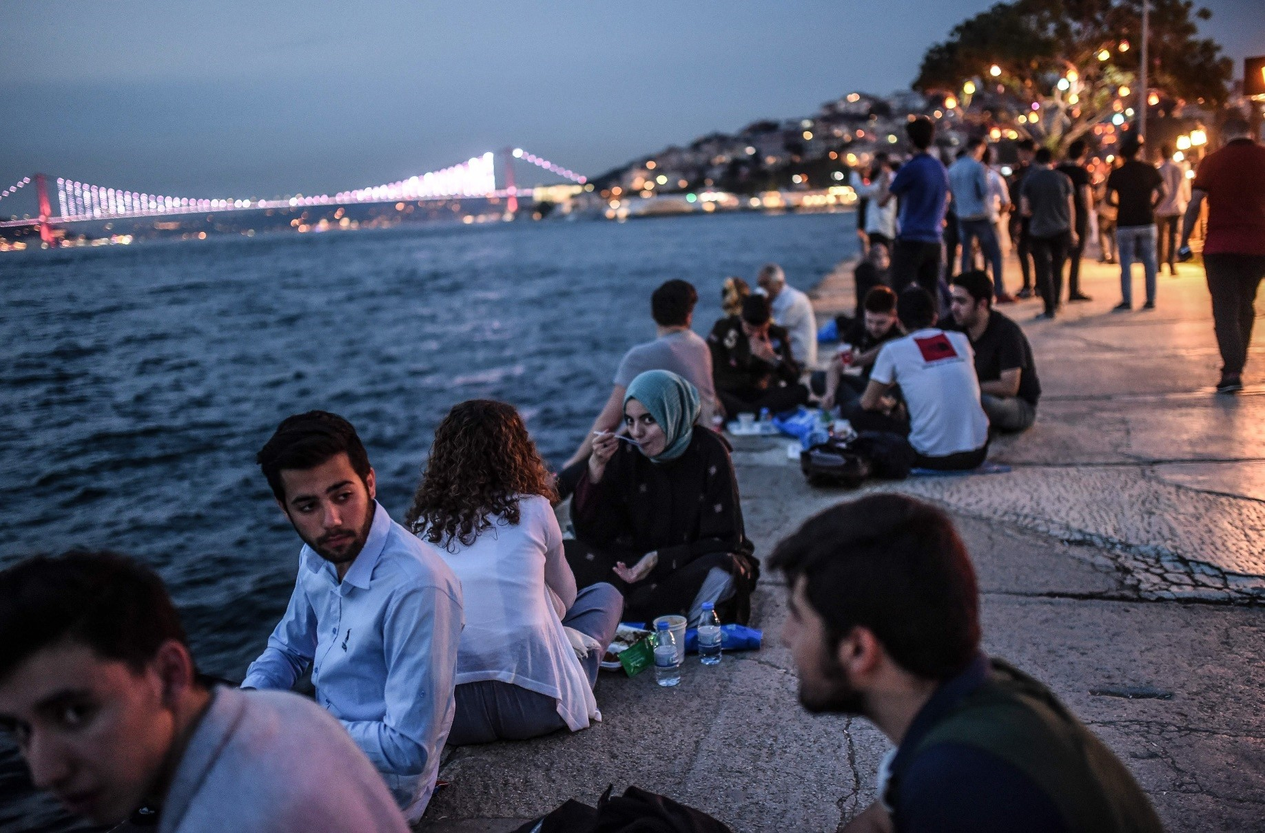 Although it has been considered one of the strongholds of the conservative people in Turkey for decades, u00dcsku00fcdar is actually one of the most cosmopolite districts in Istanbul with a range of people hailing from different backgrounds.