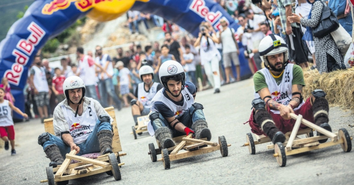 Participants will compete with their wooden, handmade cars at Formulaz.